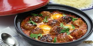 Eggs with Meatballs in Tomato Sauce